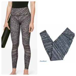 Lululemon Wunder Under High Rise Tribal Pace 6